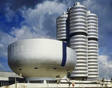 BMW Hikes Battery Cell Orders to €10.2 Billion