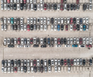 Carmakers Turn to Record-High Discounts in U.S.