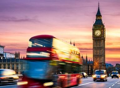 U.K. Vows Plan to Make Transport Carbon-Free
