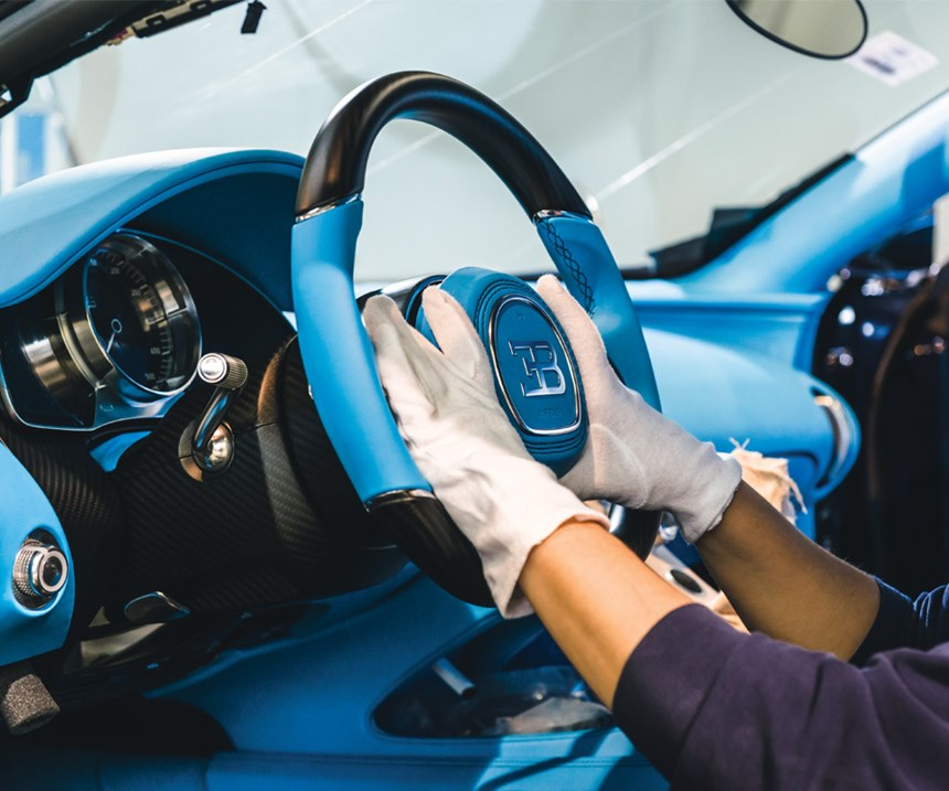 Assembling components into the interior requires about three days. (Photo: Monn for Bugatti)