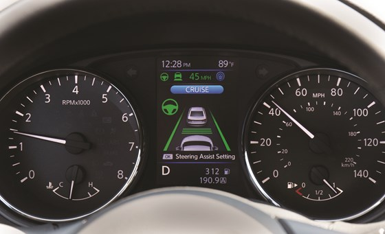 The Nissan ProPILOT Assist system activated: note that the intelligent cruise control is set and the steering assist is activated (the diagonal green lines on either side of the graphics of the vehicles). It generally takes two or three seconds for the camera to detect and the processor to acknowledge the existence of lane markings on both sides of the vehicle, thereby allowing the steering assistance to engage.
