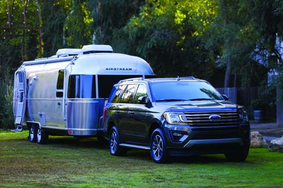 The 2018 Expedition: seating for eight—in comfort—and the ability to tow 9,300 pounds. Isn't that what a large SUV is all about?