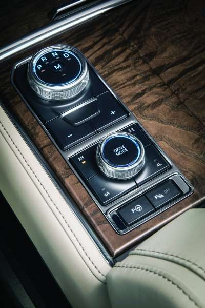A couple of things to note here. First, there is the rotary gear selector at the top. No column- or center console-mounted shift lever. Second, there is the Terrain Management System that offers five preset modes (Normal, Sport, Tow/Haul, EcoSelect, Snow/Wet) on 2WD models and seven (the same first four but Grass/Gravel/Snow instead of Snow/Wet and Sand, Mud/Rut) for 4WD Expeditions.