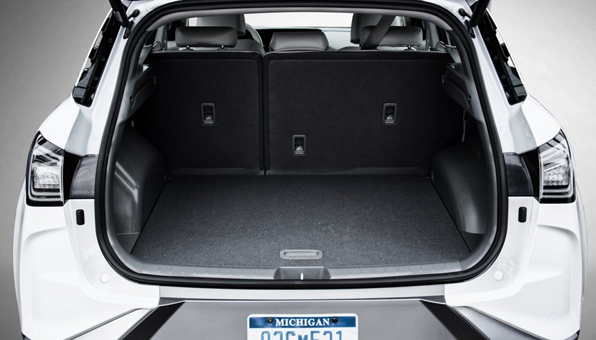 The Nexo has 29.6-ft3 of cargo volume behind the second row, so even though there are three 13.8-gallon hydrogen tanks on board, space isn't compromised.