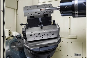 The Makino a500Z combines the technologies of the company's 4-axis horizontals with the 4th and 5th-axis designs of its high-performance verticals.