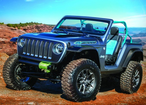 The 2018 Jeep 4SPEED: here's one way to take out mass—reduce the overall length by 22 inches.