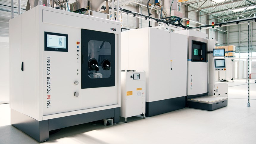 An IPM M powder station feeds the M 400-4 with metal powder before and during build cycles.