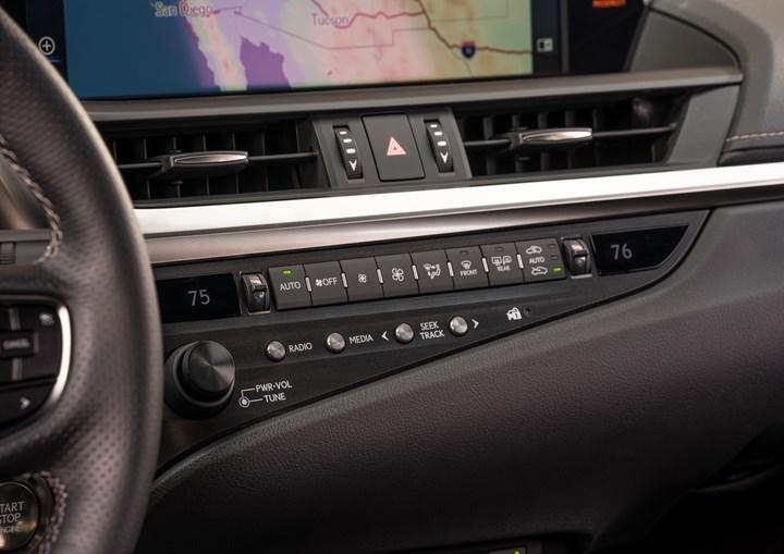 2019 Lexus ES 350 IP