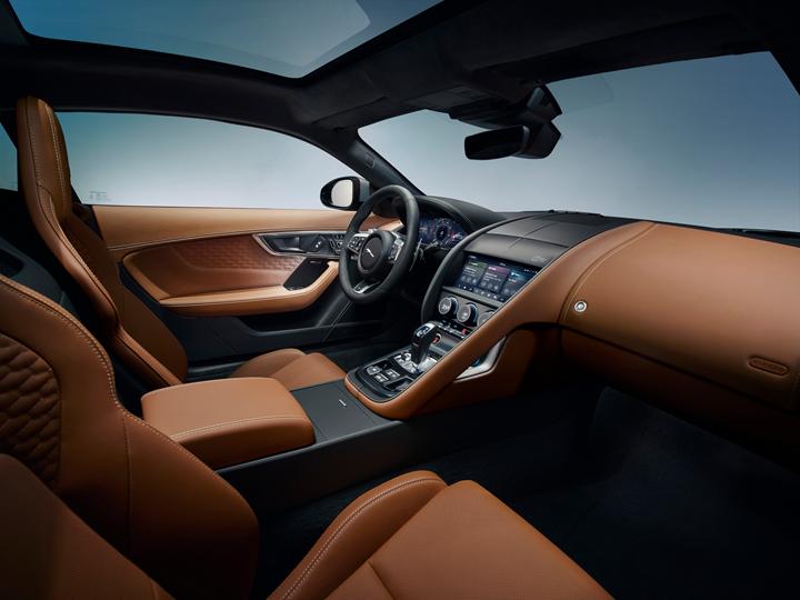 Jaguar F-TYPE interior