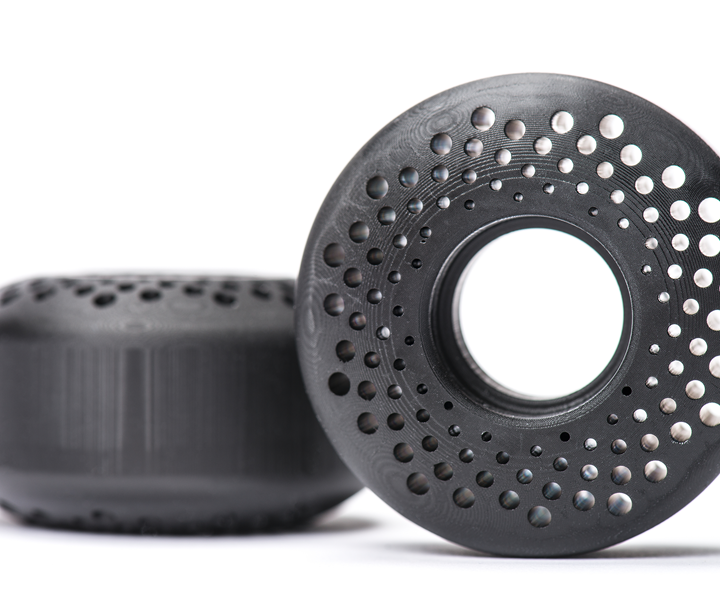 Carbon printed skateboard wheels