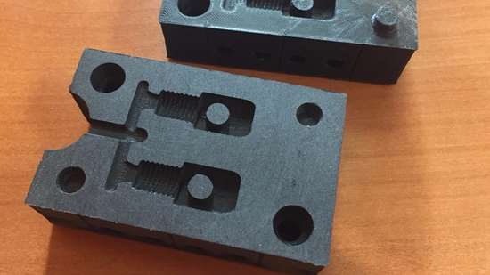 Two-cavity plastic composite injection mold built on a Fabricatus high-precision desktop 3D printer