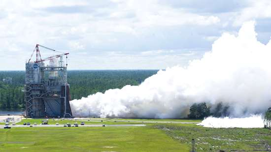 NASA engineers successfully conducted the second in a series of RS-25 flight controller tests on May 23, 2017, stepping closer to deep-space exploration.