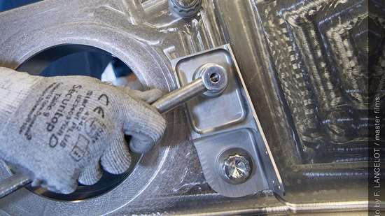 3D-printed titanium bracket for Airbus A350 XWB