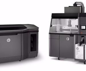 HP Multi Jet Fusion 4200 3D printer and postprocessing station