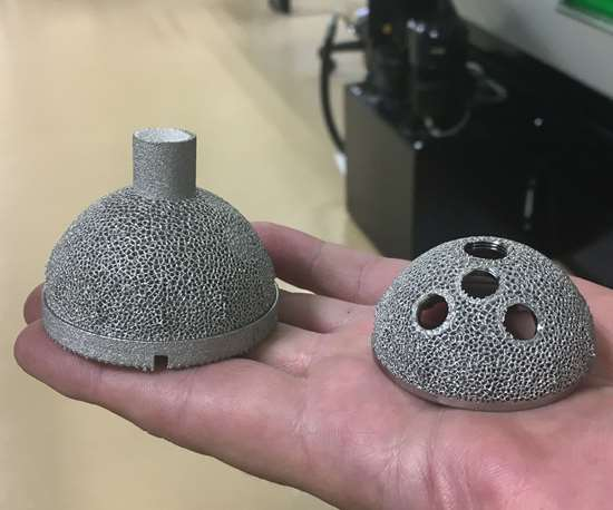 Acetabular hip cups, after 3D printing and after machining