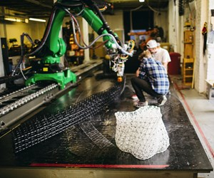 Kuka robot arm 3D printing in Branch Technology's Cellular Fabrication (C-Fab) process