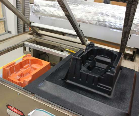 A 3d-printed vacuum forming tool and final part