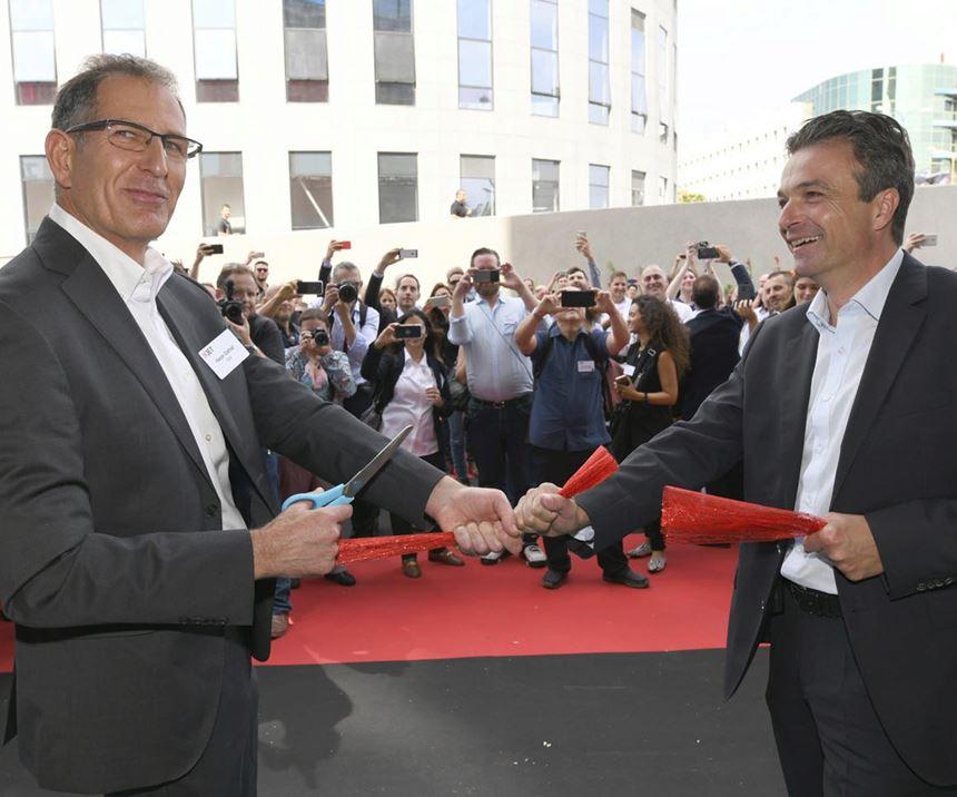 Hanan Gothait, CEO of XJet, and Stephan Oehler, VP of Straumann,