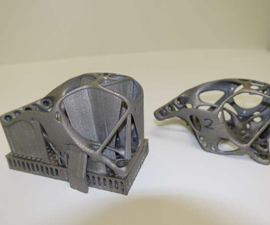 additive manufacturing bracket with support structures
