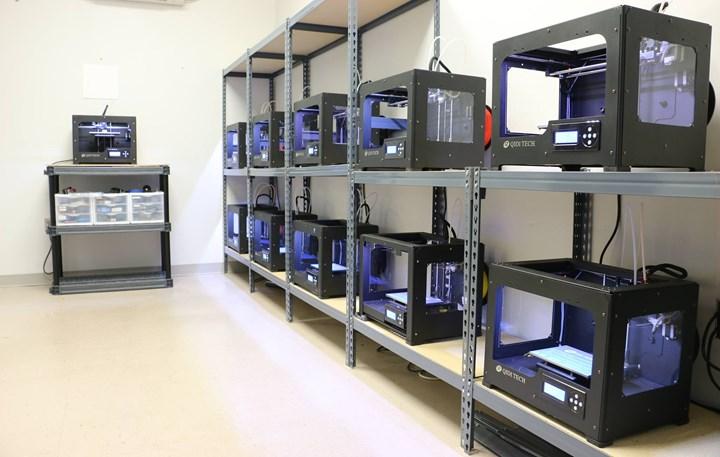 3D printer farm before ventilation