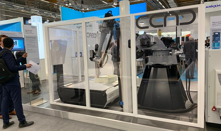 Siemens robot demo at Formnext 2019