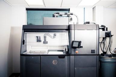 HP multi jet fusion polymer 3d printer