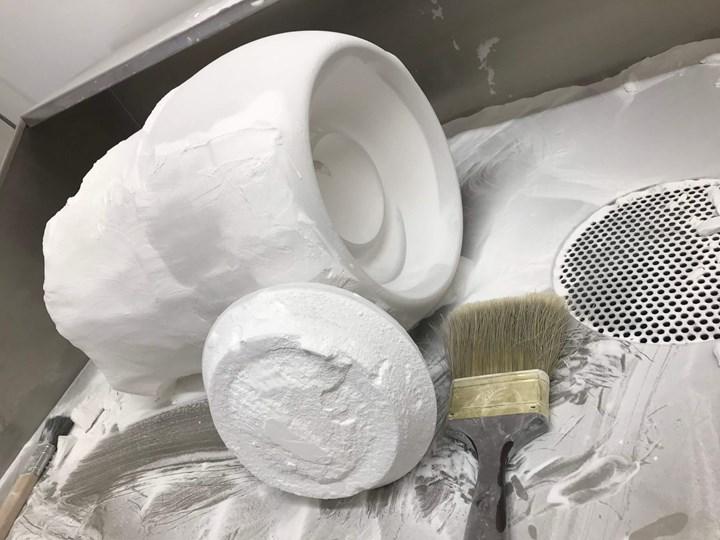 speaker cabinet depowdering