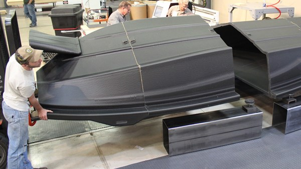 Thermwood additive manufacturing boat hull pattern
