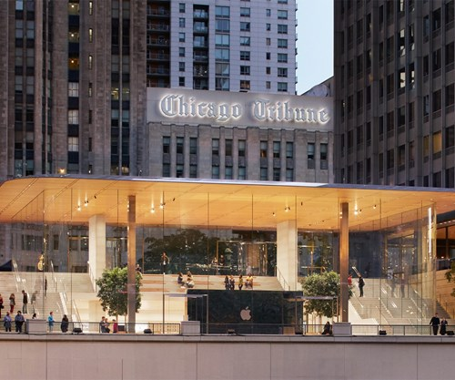 Apple Store in Chicago features massive carbon fiber roof