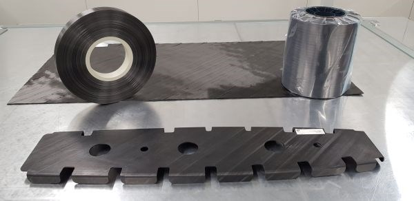 TenCate TC1320 CF/PEKK tape and press-formed rib by Dutch Thermoplastic Components