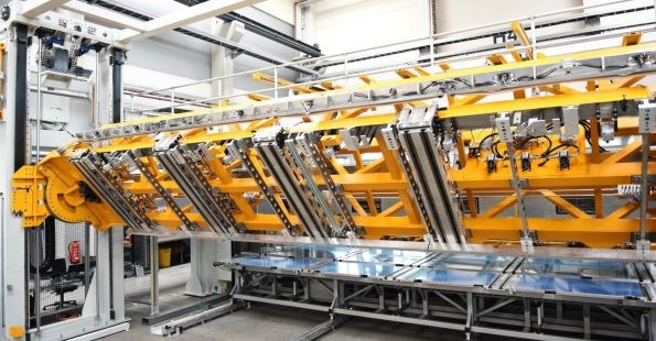Fill Gesellschaft press-turn-lifting station in automated composite stringer production cell