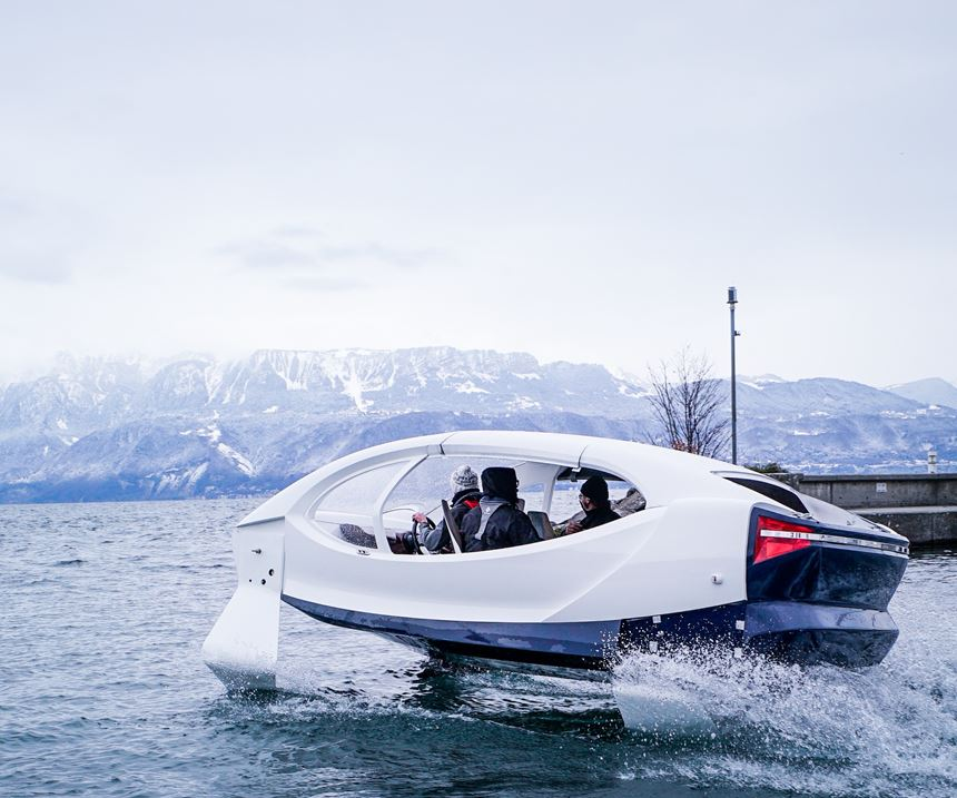 composite water taxi