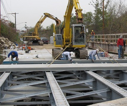 Composite Advantage installs a bridge deck