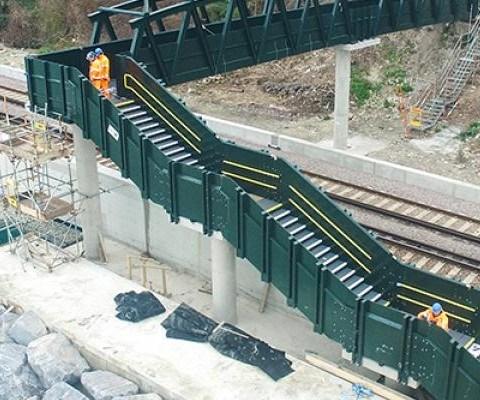 复合材料英国发布FRP桥梁设计指南-复合材料网