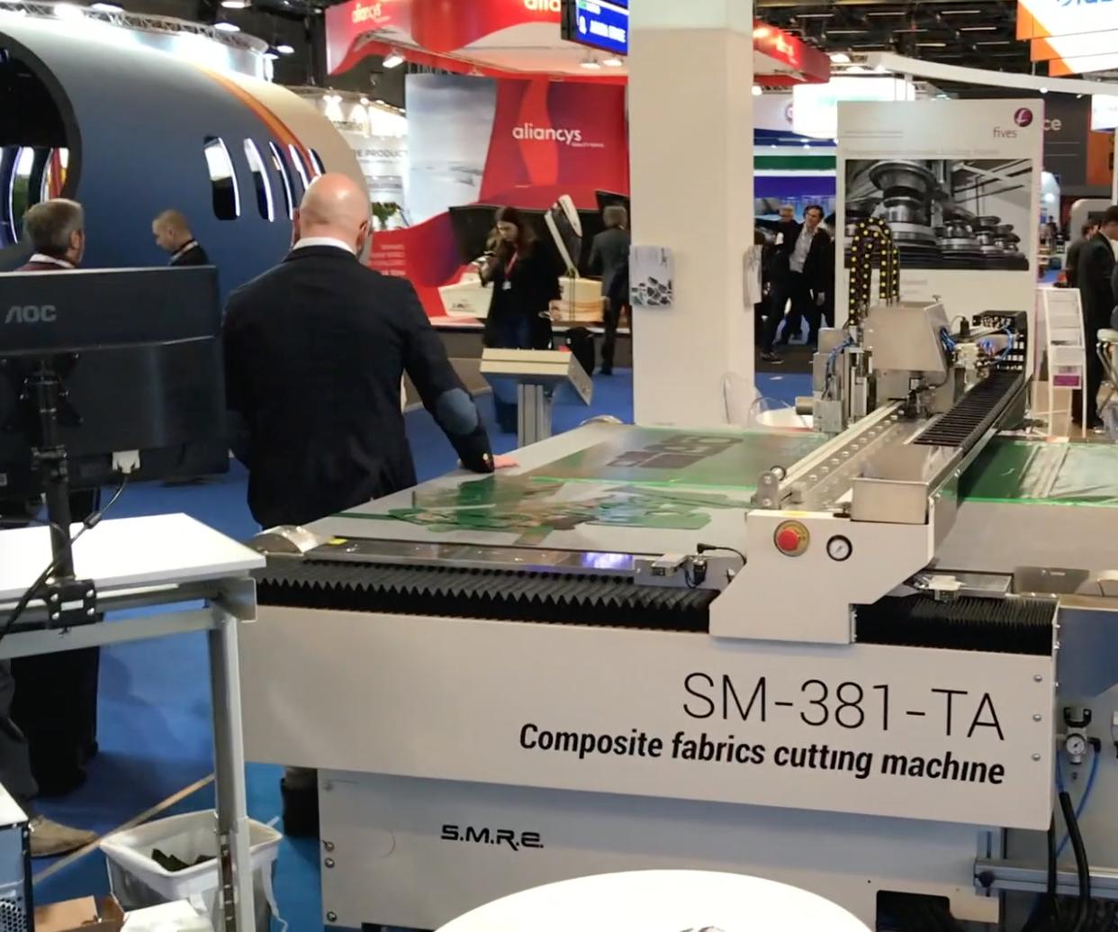 composite fabrics cutting machine