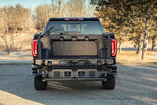 General Motors: CarbonPro Pickup Box