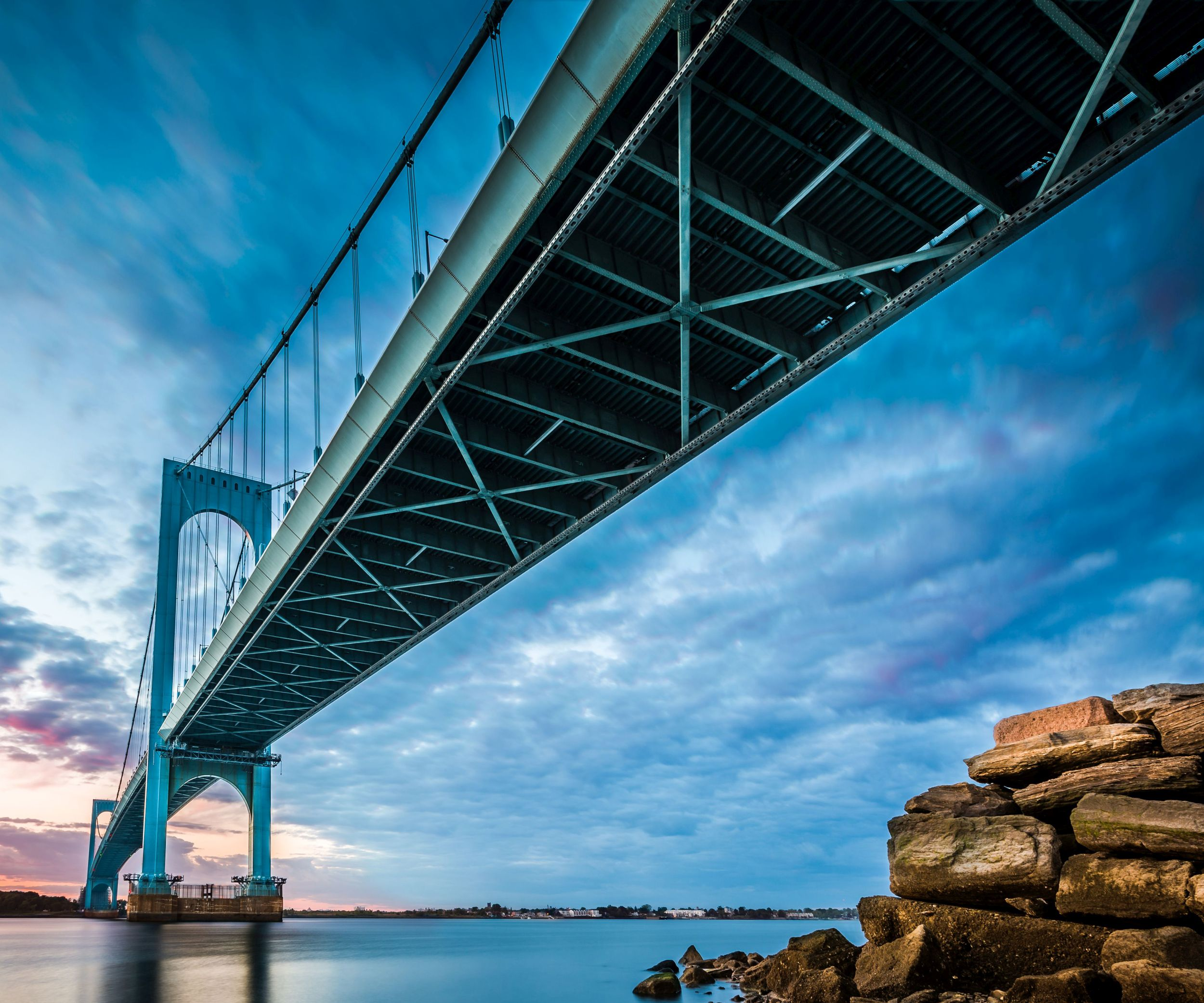 Whitestone Bridge in the Bronx, NY uses Tecnofire in its FRP wind fairings