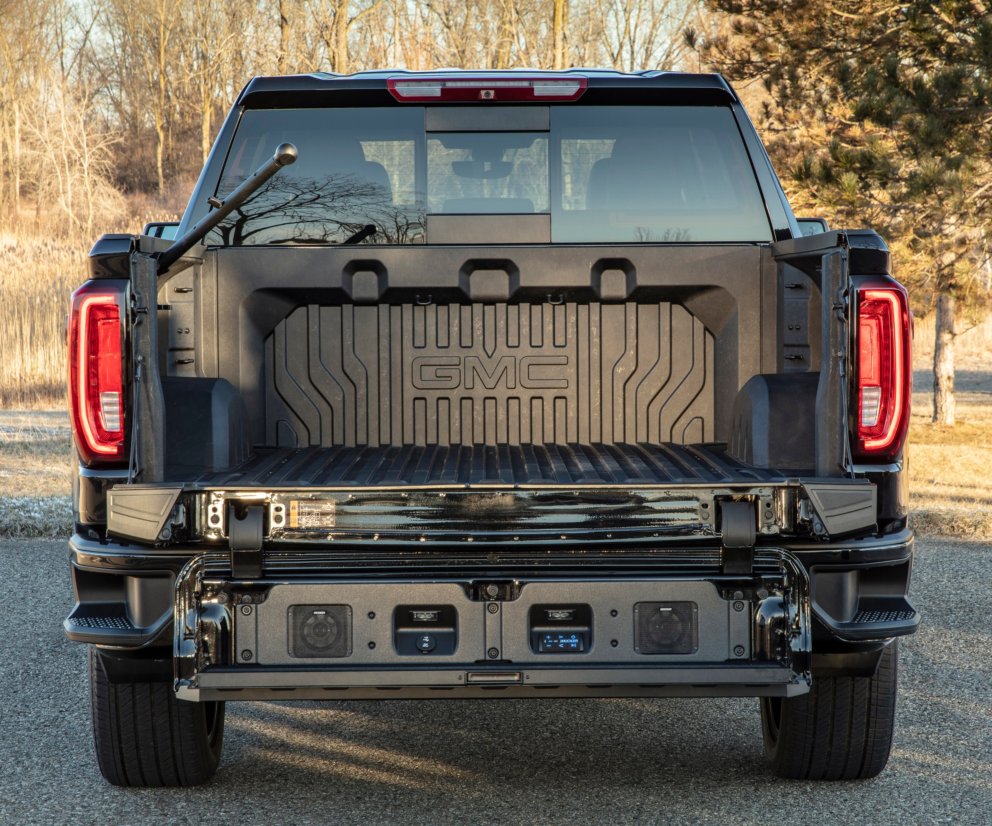 carbon fiber pickup box
