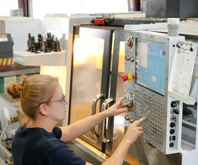 manufacturing apprenticeship training