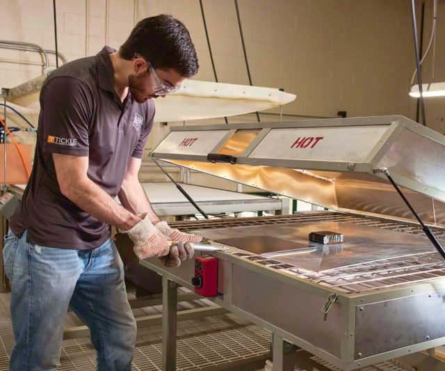 composites manufacturing education