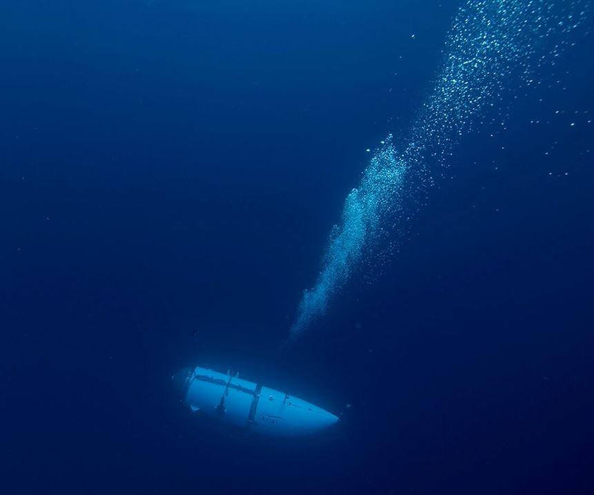 carbon fiber submersible