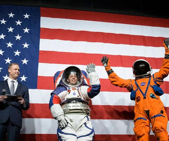 spacesuit, artemis suit, orion suit
