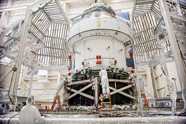 Orion spacecraft capsule