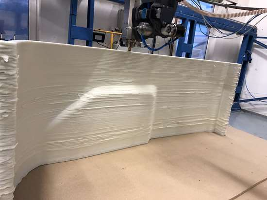 Rapid Prototyping Hungary 3D prints mold for composite sleeper cab