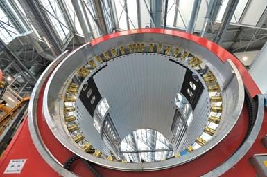 Leonardo Aerostructures produces Boeing 787 one-piece composite fuselage barrels