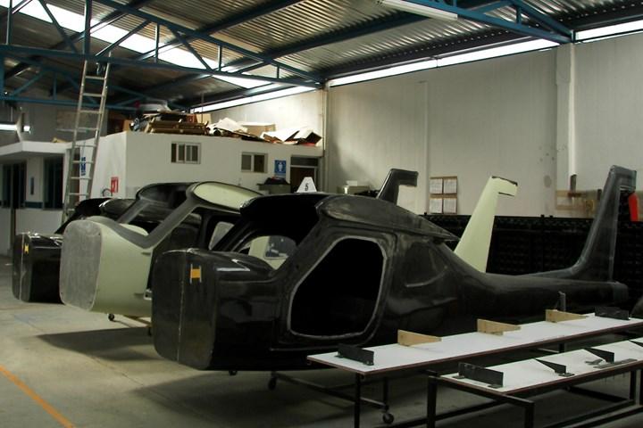 CFRP fusleages for Aeromarmi Stela-M1 trainer