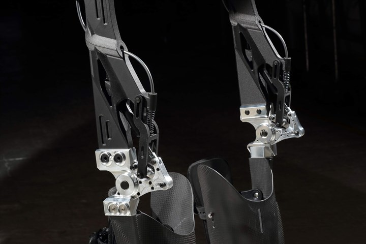 C-FREX exoskeleton 3D printed CFRP thigh and knee components