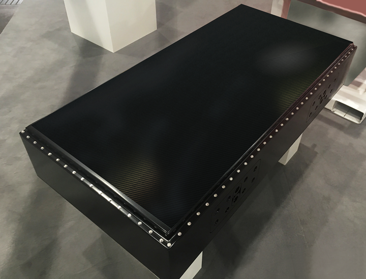 carbon fiber reinforced battery box cover