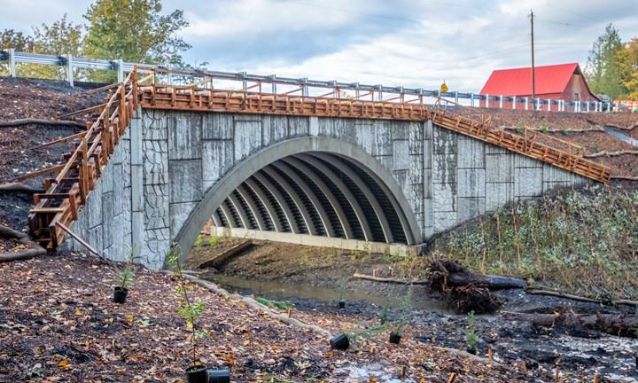 Loutsis creek bridge using AIT Bridges FRP tubes filled with concrete