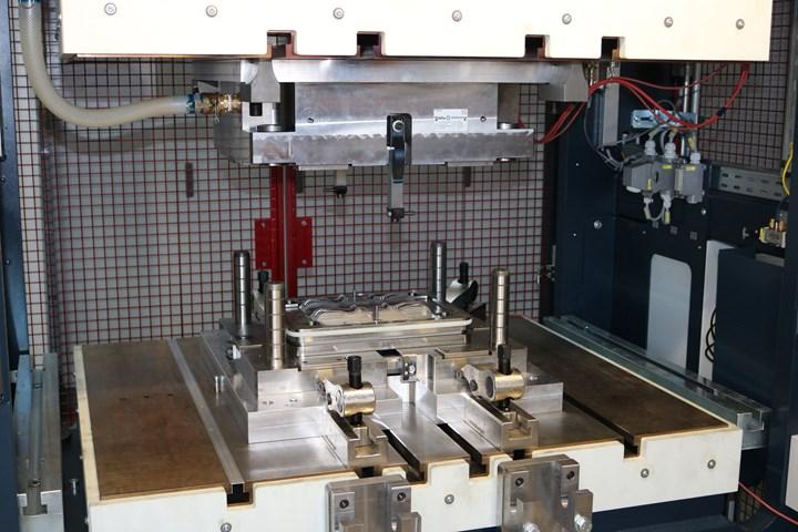 Blackwave carbon fiber sheet molding compound (SMC) composite bicycle brake lever